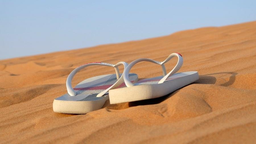 sandals-342672_1280